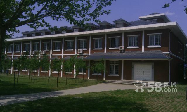 独立二层办公楼一栋(欧式建筑)