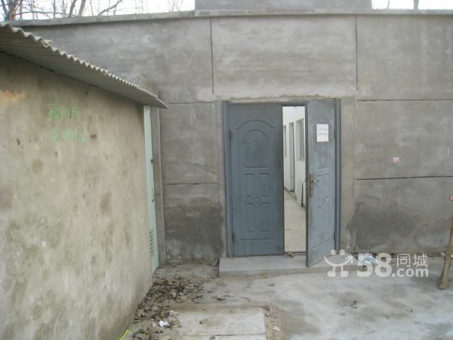 朝阳东坝(可单间出租)28间自建平房(600平米)