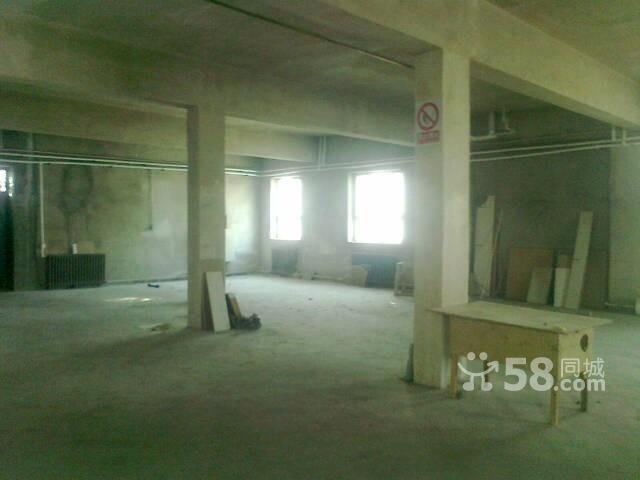 1100平米四层楼9万出租-图(1)