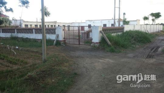 无设备面粉加工厂厂房,大院子,住宅,牲畜圈出售-图(1)