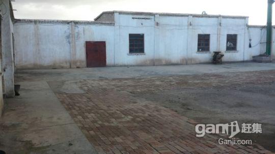 无设备面粉加工厂厂房,大院子,住宅,牲畜圈出售-图(2)