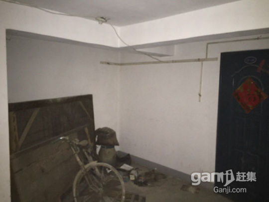 出售润富花园12.4平方产权地下室-图(1)