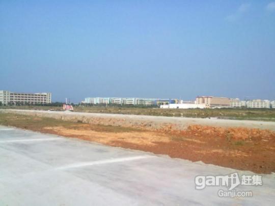 齐齐哈尔水师镇南20000平工业用地出售-图(1)