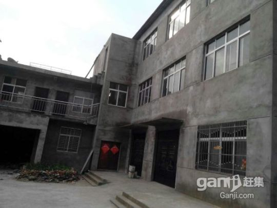 出售一栋框架式三层楼房(总面积1000平方米)-图(3)
