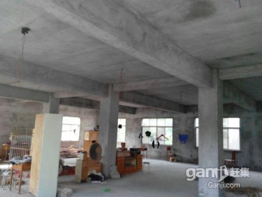 出售一栋框架式三层楼房(总面积1000平方米)-图(6)
