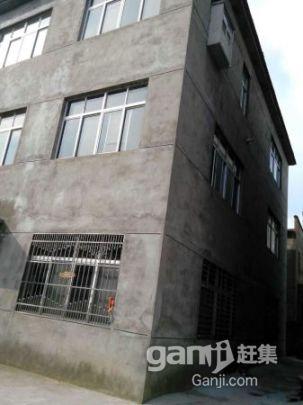 出售一栋框架式三层楼房(总面积1000平方米)-图(7)