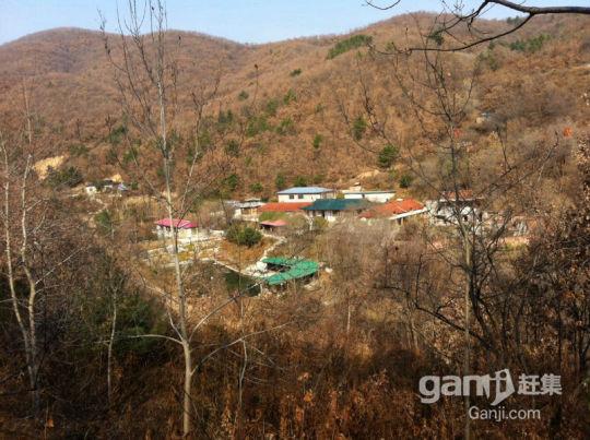 出售环境优美的山庄-图(1)