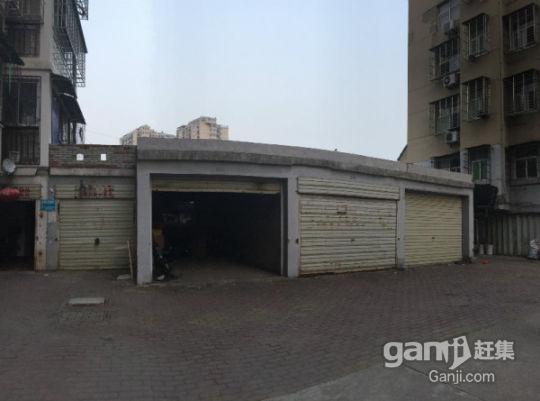 鄂州东升花园车库出售-图(2)