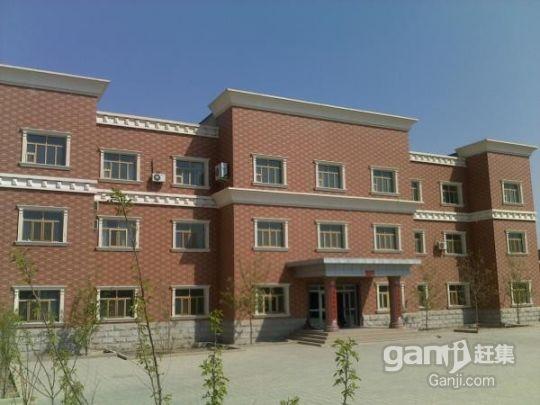 出租吐鲁番整个工厂,办公楼,车间,可整租也可单租-图(1)