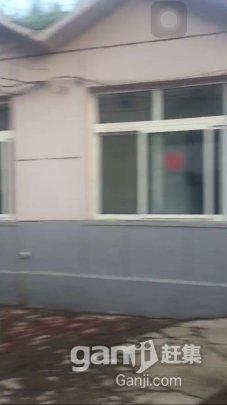 五厂附近院里厂房出租 3万5-图(2)