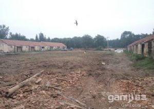 出售:25亩地大院土地使用性质:工业建设用地