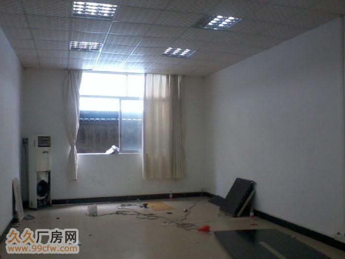 700平方一楼原机械设备厂出租,办公水电齐全-图(1)