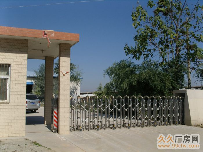 我公司两个独院3000平米,1700平米钢结构厂房-图(1)