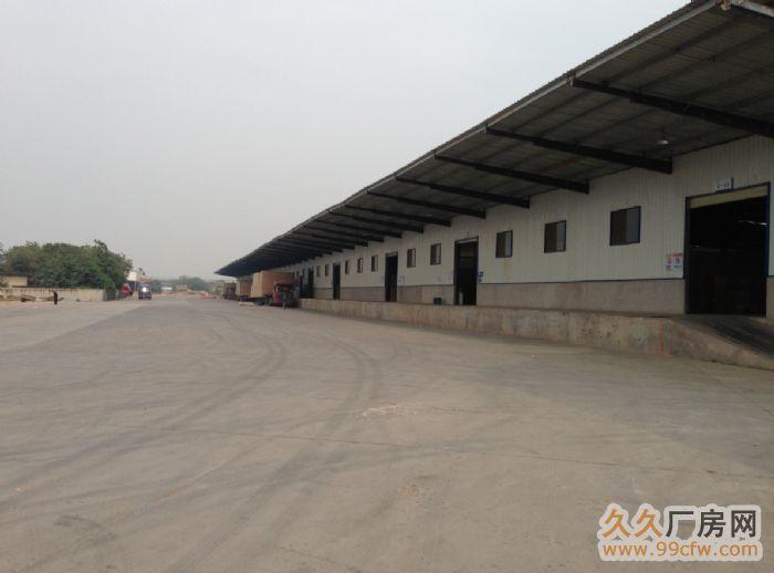 全部为高台式钢架结构,屋顶彩钢板采用最新整体无缝压合技术防漏雨