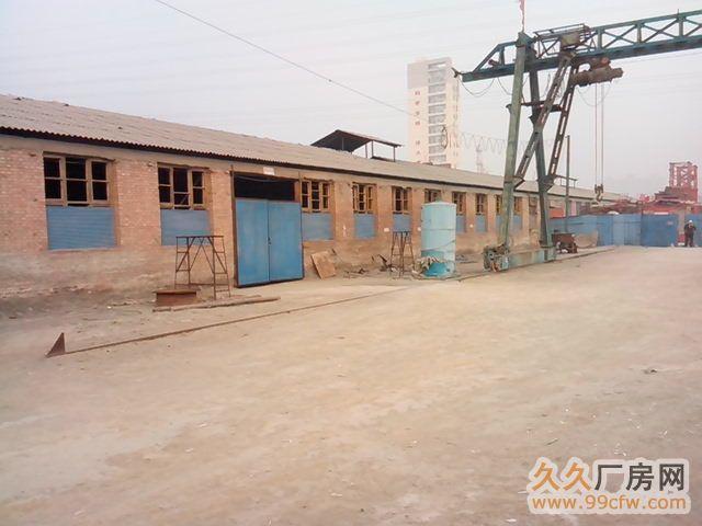 厂房整体出租,有办公室、车间、独院、行车等相关设备-图(1)