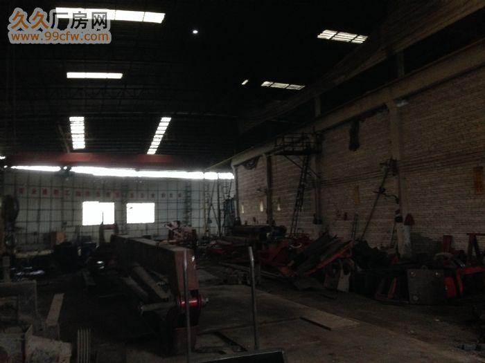 韶赣高速路口1200平方简易厂房出租(配有两台龙门吊车免费使-图(3)