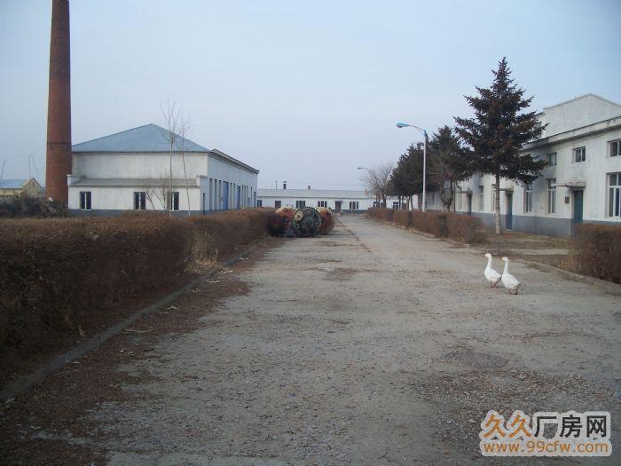 距离飞机场19公里、西客站25公里、火车客运站15公里-图(2)
