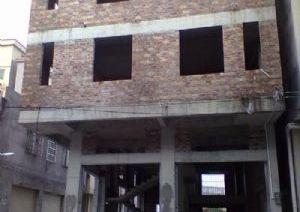 从化区镇泰工业园市场附近一栋三层350平方楼房商铺永久转让