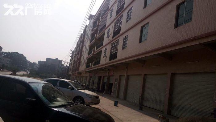 从化区人和墟路边一栋三层580平方楼房商铺转让-图(2)