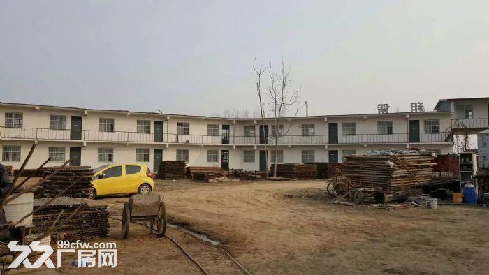 独立小院5亩,二层1000平方小楼,适合办学,办厂,仓储。-图(4)