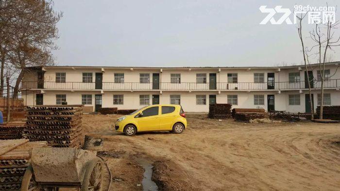 独立小院5亩,二层1000平方小楼,适合办学,办厂,仓储。-图(7)