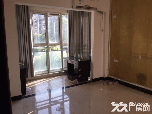 办公房出租一百四十平米-图(4)