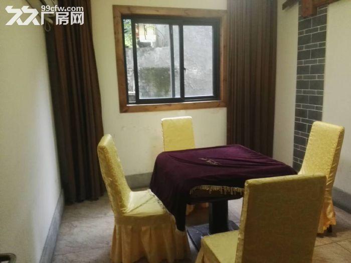 南山泉水一条街1000平,精装餐饮、住宿类酒店出租-图(1)