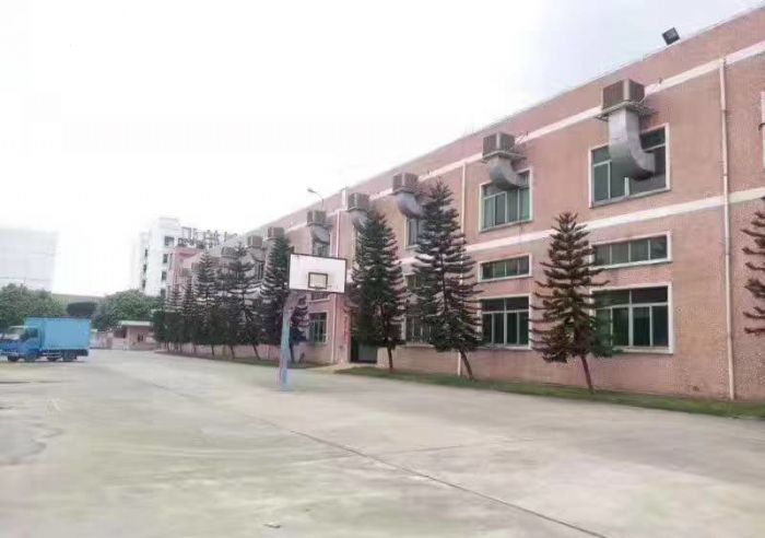 东城10米高单层独院厂房2570平米带航吊招租-图(1)