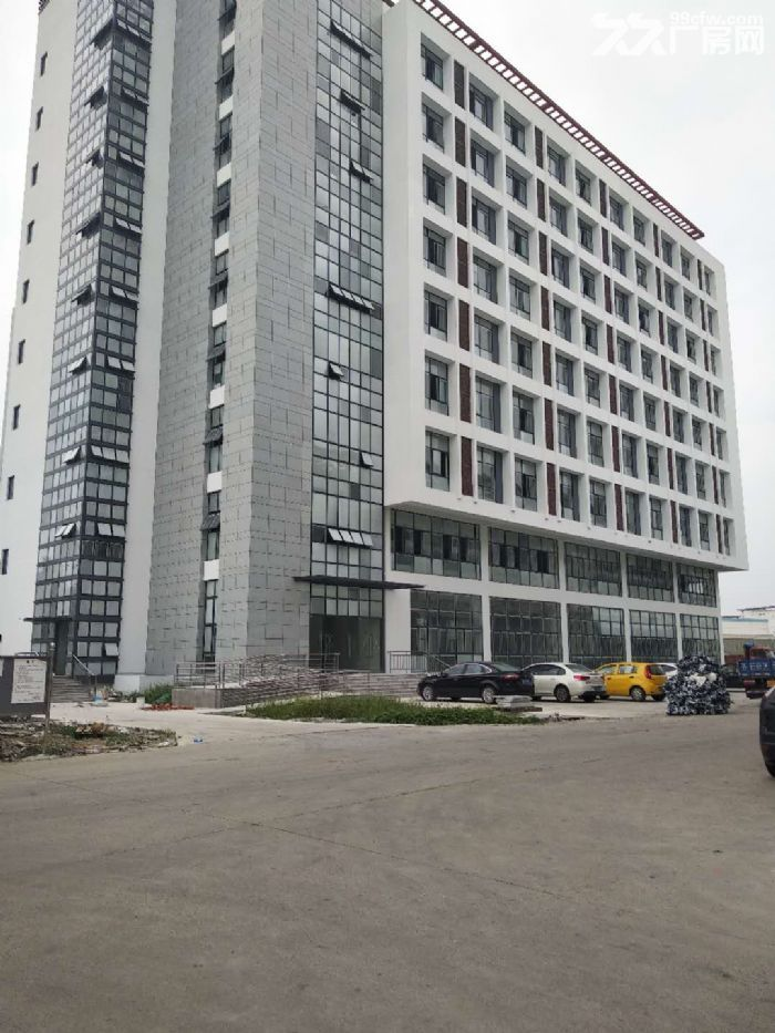 前桥路12000平标准厂房出租环境好+位置好-图(4)