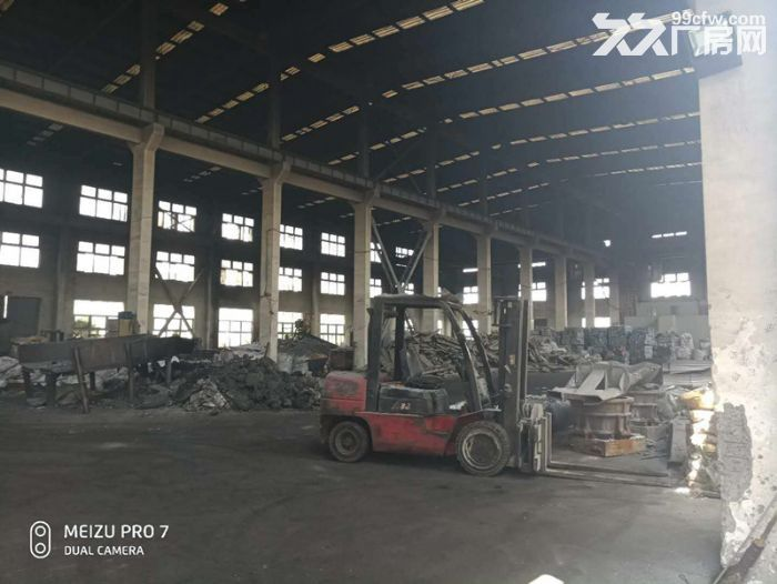 青浦104绿证单层有行车牛腿4200平厂房-图(4)
