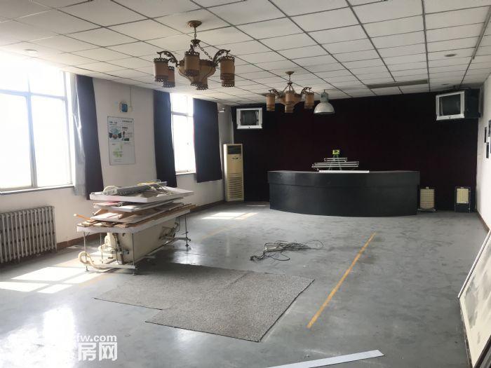 1000平米车间出租-图(4)
