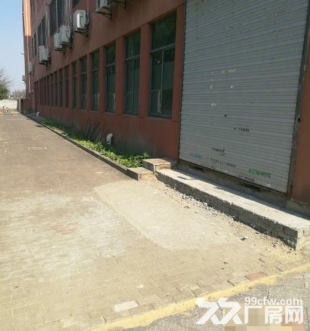 车墩工业区820平米三楼一房东厂房-图(1)