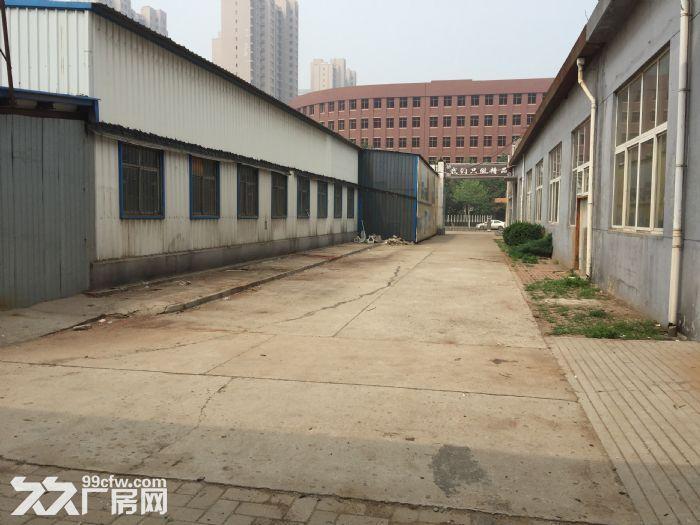 独立工厂出租。火炬路边181号-图(2)