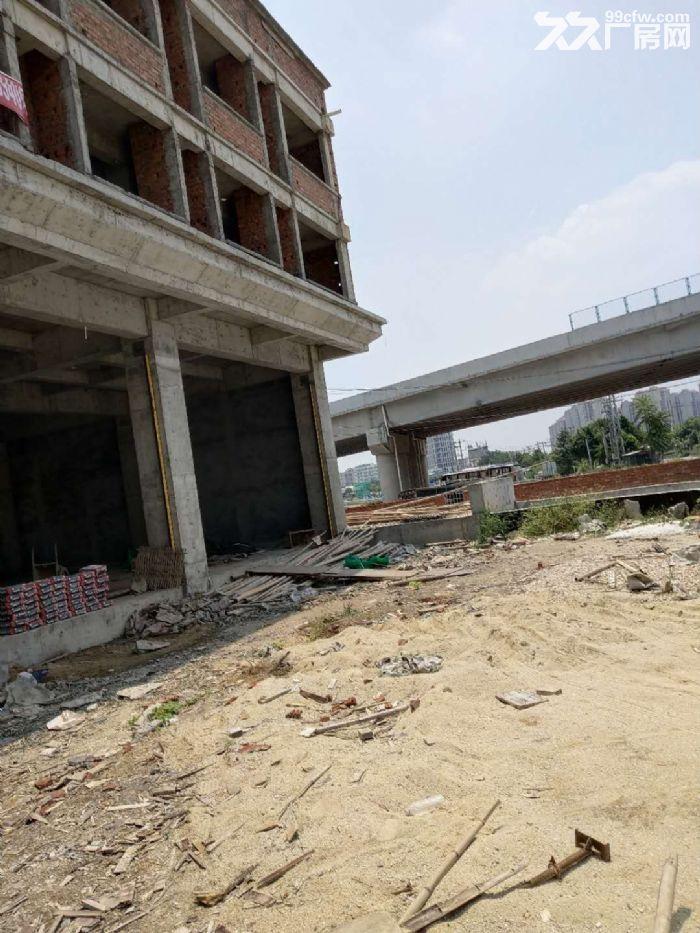 灌口324国道边独门独幢3层2700平出租-图(1)