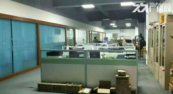 原房东独院6千平方带地坪漆办公室水电装修-图(5)