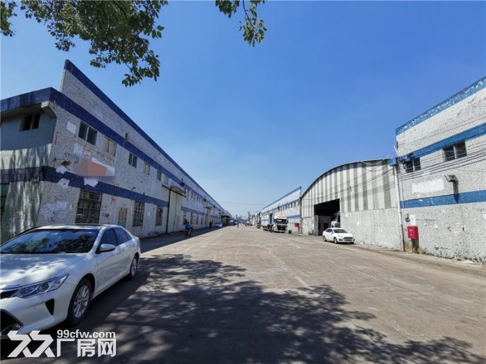 远离民居,高13米,番禺钟村6000平方简易厂房出租-图(1)
