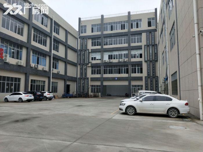 形象好凤岗碧湖大道楼上4000平带精装修厂房出租大小分租-图(1)