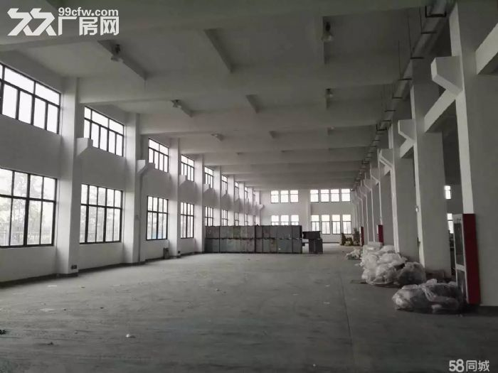 104汇贤路厂房仓库25000可分独门独院形象好-图(2)