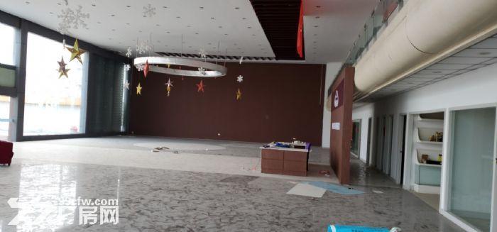 原4S店大展厅,有1600多平方独院,内配有2层办公用房,设施齐全,价格面议!-图(4)