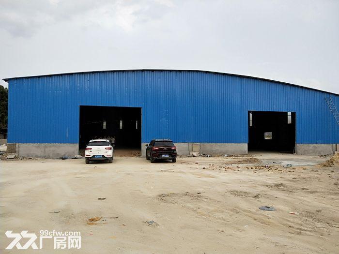 小金口4000㎡钢构厂房出租层高9米配电200KVA可进20米货车-图(2)
