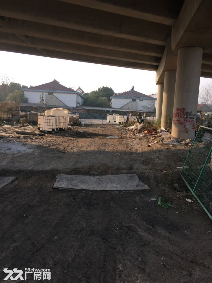 S35泰镇高速桥下可种植可售卖可仓储6处场地出租-图(4)