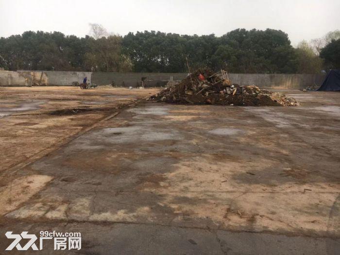 刘行宝安公路靠近s7有独门独院6亩水泥地出租-图(4)